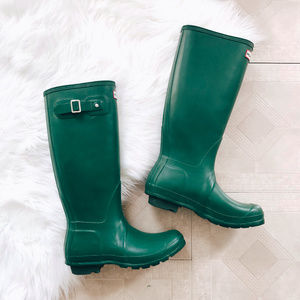 Hunter Original Tall Classic Rainboots